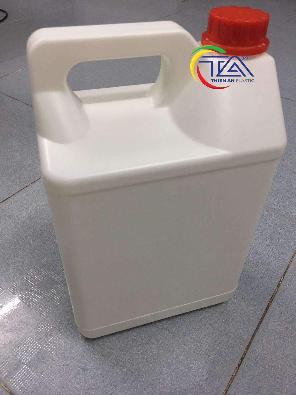 Can Nhựa 5 Lít TA05