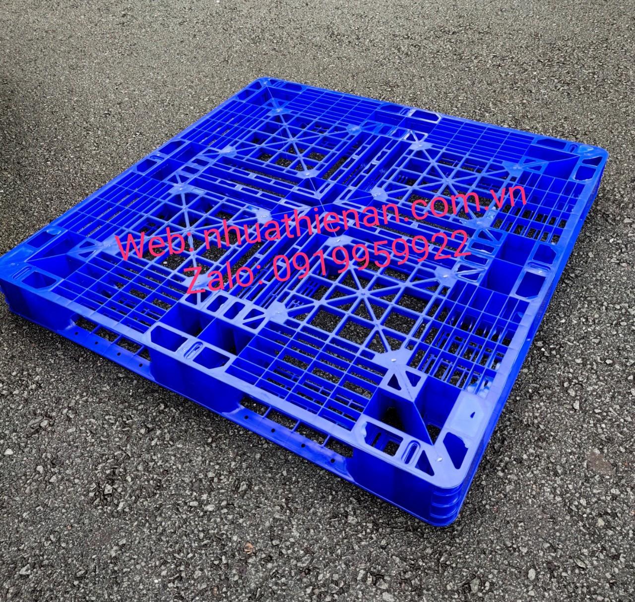pallet nhựa KT 1100 x 1100 x 120mm